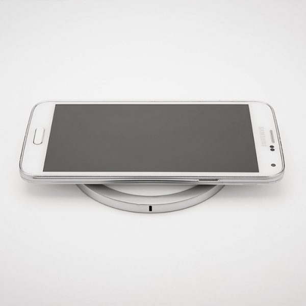 iPuck white round mobile phone charger